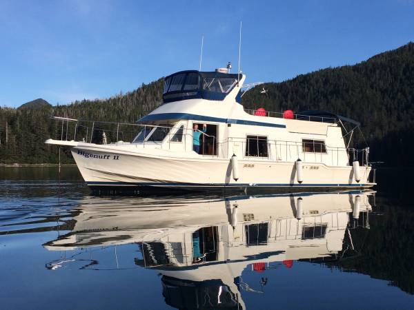 NEW! 45' CHRIS CRAFT YACHT-HOME, TWIN 250 HP PERKINS, GEN, GREAT LIVE-ABOARD.  $69,500