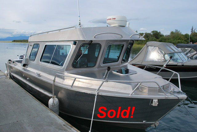 NEW! 2001 24' LIFETIMER NORWESTER 24', TWIN 140 SUZUKI 4-STROKES, TRIPLE EZ LOADER, NICE!