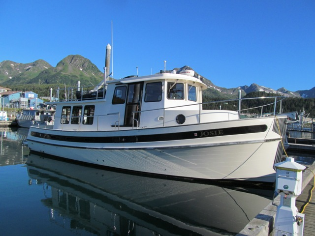 REDUCED TO $329,500! 2000 42' NORDIC TUG, 811 HOURS ON 450 CUMMINS, MANY ALASKA UPGRADES.