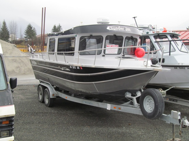 NEW! 28' THUNDERJET TJ OFFSHORE, TWIN 150 SUZUKI'S WITH 35 HOURS! HEAD, HEAT, GALV. TRAILER,