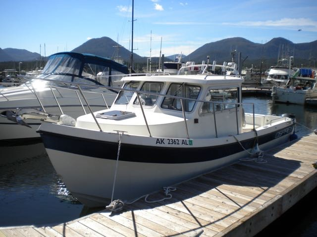 REDUCED 2001 24' OSPREY, VOLVO GAS W/ 860 HOURS, KICKER WITH AUTOPILOT, CLEAN BOAT! $41,000.