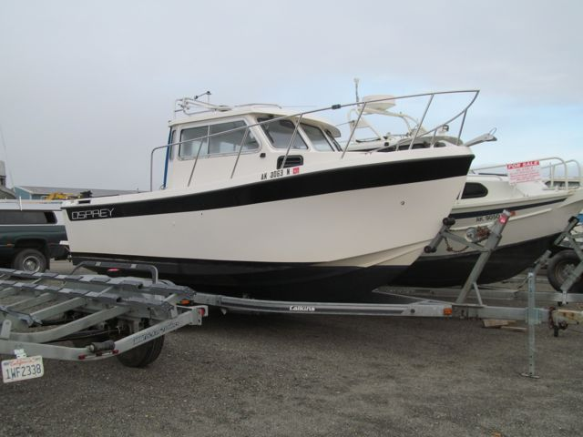 NEW! 22' OSPREY WITH NEW POWER.  5.7L INDMAR 325 HP, NICELY EQUIPPED, ASKING $29,500