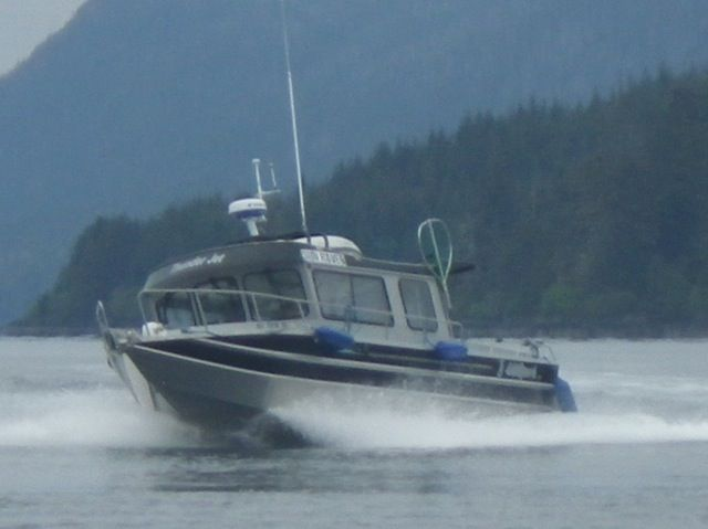 REDUCED TO $115,00028' 2009 THUNDER JET, TWIN 150 HP SUZUKI'S, LOW HOURS, LOADED!