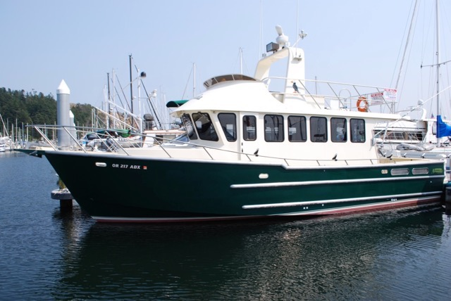 NEW! 42' NORVELLE VOYAGER, HIGHLY CUSTOMIZED, TWIN D6-370's, GEN, ASKING $600,000